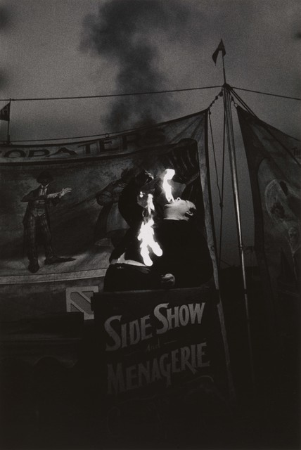 , 'Fire Eater at a carnival, Palisades Park, N.J.,' 1957, San Francisco Museum of Modern Art (SFMOMA)