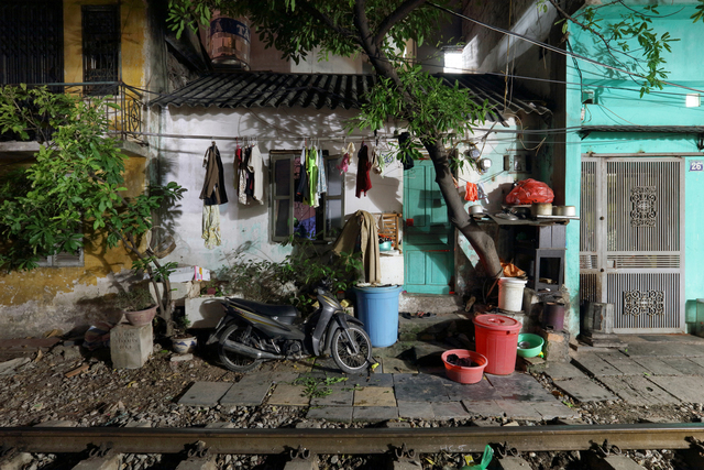 , 'Hanoi 18h6h 55 House on Railway Border,' 2014, Art Vietnam Gallery