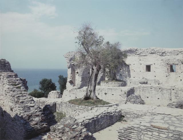 , 'Sirmione (Serie: Paesaggio Italiano),' 1989, Mai 36 Galerie