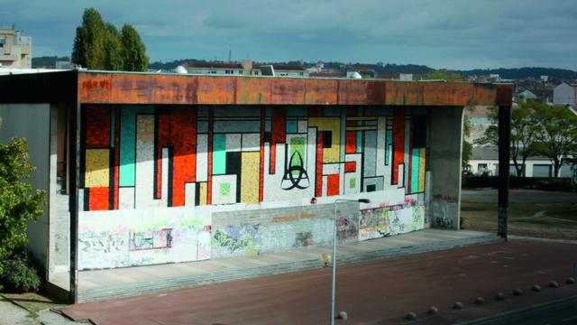 , 'Le Clash (still),' 2010, New Museum