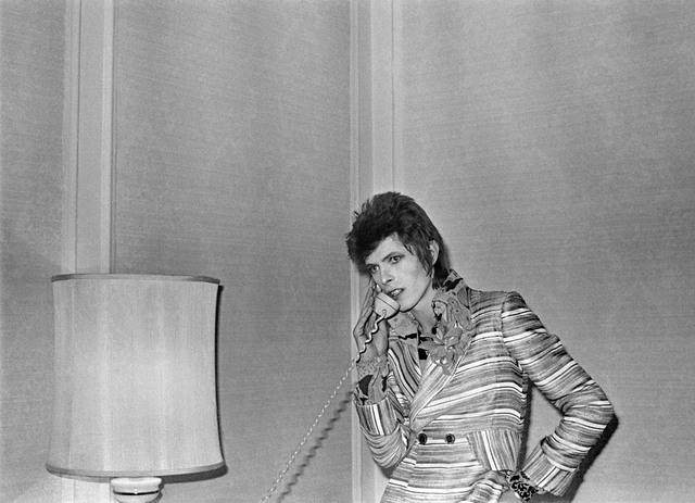 , 'Bowie with Lamp & Phone,' 1972, TASCHEN