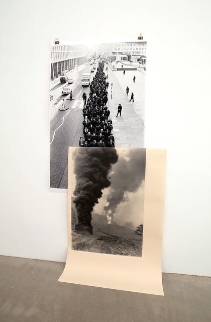 , 'Black Smoker,' 2015, Raum mit Licht