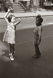 New York (two children dancing)