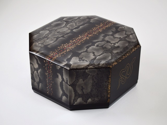 , 'Hexagonal Box - Shokō (Aurora),' 2014, Onishi Gallery