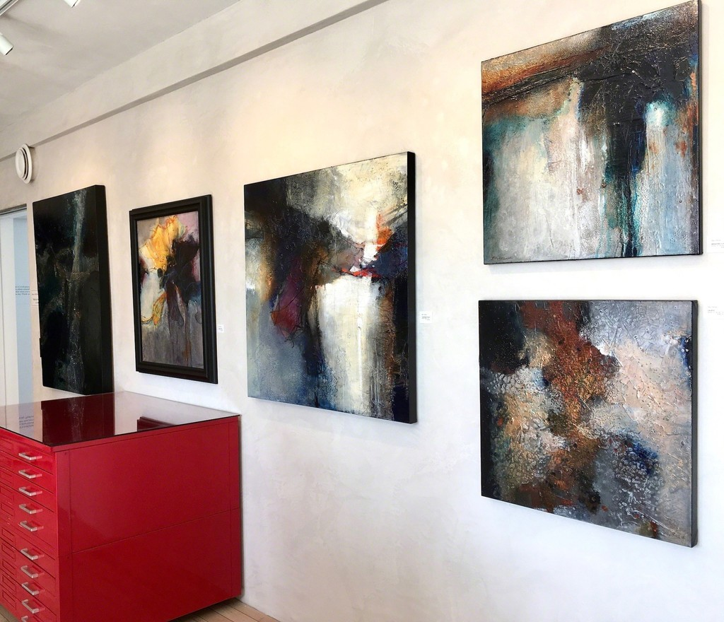 More about Barry Rafuse and his paintings, please contact ARTE funktional 250-540-4249