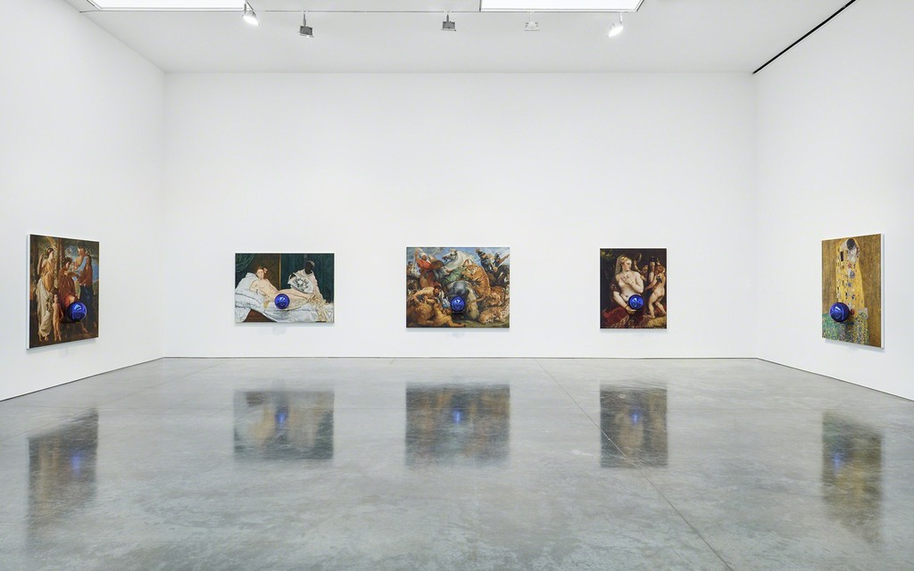 © Jeff Koons Courtesy Gagosian Gallery/Photo: Tom Powel Imaging