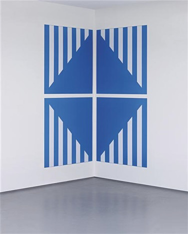 , 'PVC bleu pour un angle (in 4 parts),' 2003, Albert Baronian