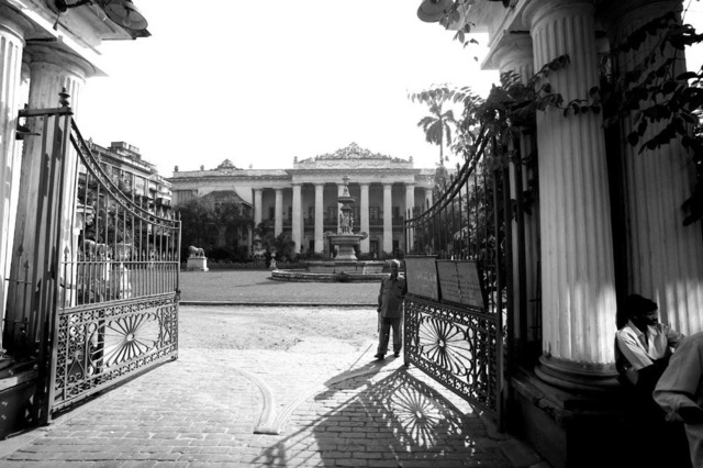 , ''The Marble Palace', Bengali nobility residence, North Calcutta,' 2013, Sundaram Tagore Gallery