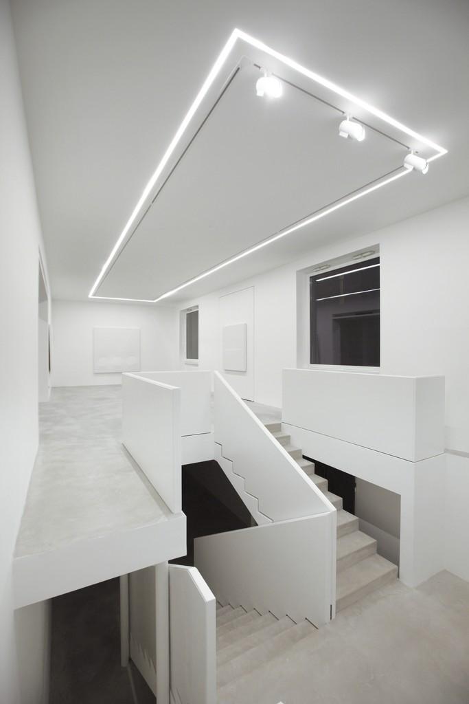 Turi Simeti. White Paintings, Dep Art Milano