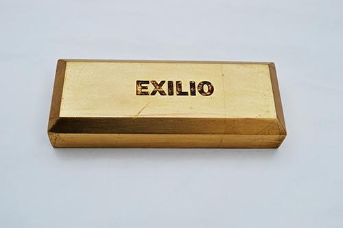, 'Exilio (ingot),' 2016, CO GALERÍA