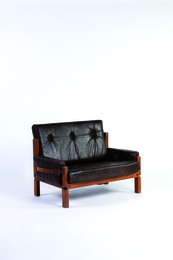 Love Seat armchair in elm and leather