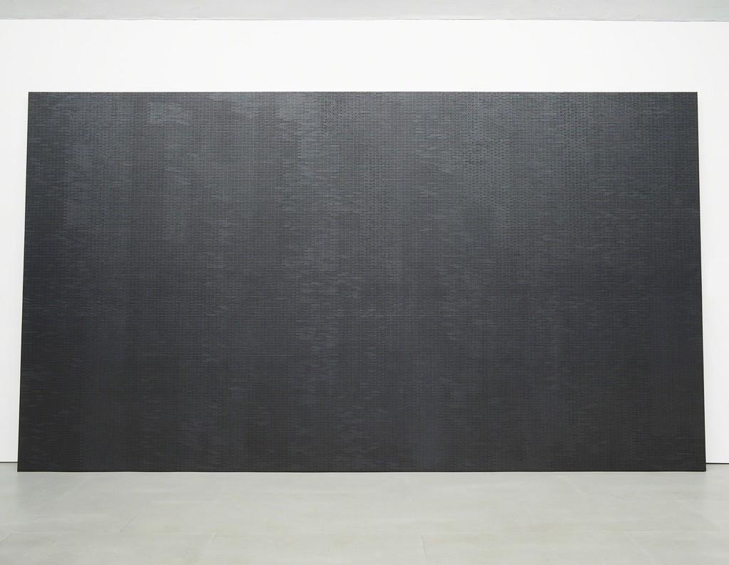 Maria Taniguchi, Untitled, 2015 Acrylic on canvas, 304 x 545 x 4,5 cm Exhibition view at carlier | gebauer, 2015