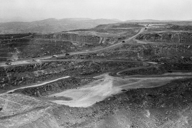 , 'Letseng diamond mine open-pit, Mokhotlong,' 2015, Stevenson