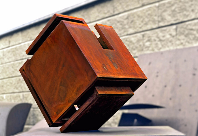 , 'Amistad I,' 2009, Leon Tovar Gallery