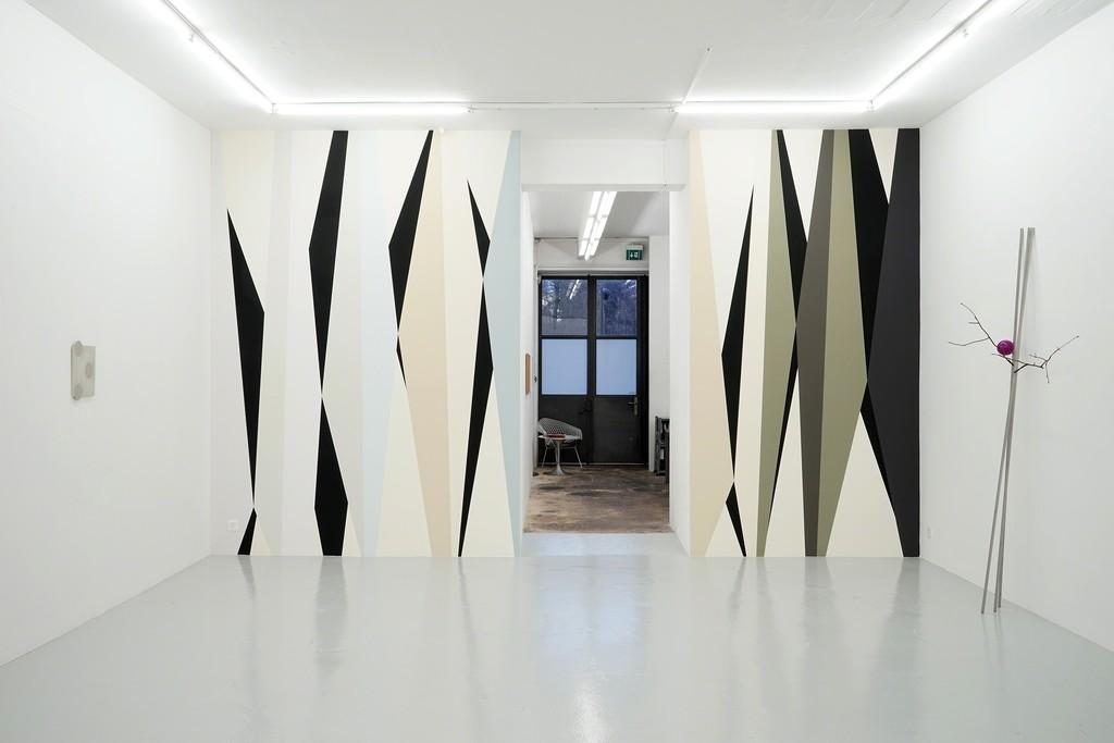 Installation view Correspondance with works by Clare Goodwin, Mamiko Otsubo, Pierre Haubensak, wiedemann/mettler and guests, Lullin + Ferrari, Zurich, 2019