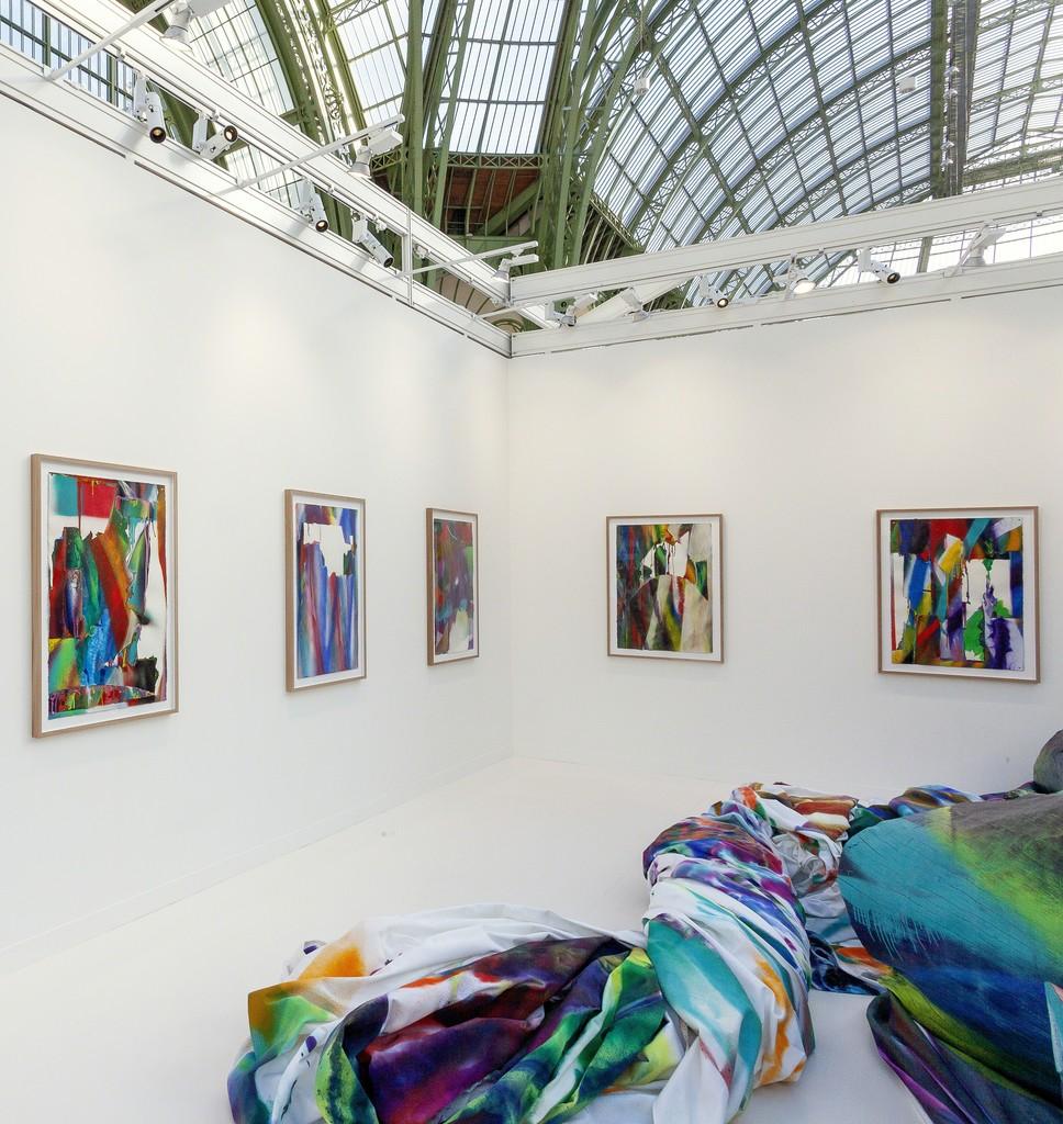Artwork © Katharina Grosse und VG Bild-Kunst Bonn, 2018. Photo: Zarko Vijatovic. Courtesy Gagosian.