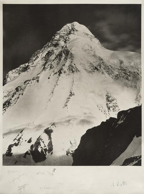 Vittorio Sella, 'Il k2 con gli autografi degli alpinisti della spedizione italiana del 1954', 1909/1954, Photography, Gelatin silver print., Il Ponte