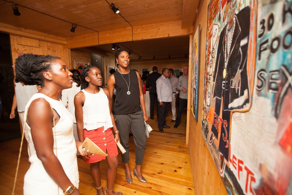 """IXI/CITY"" Vernissage at MOV'ART Gallery, Luanda."