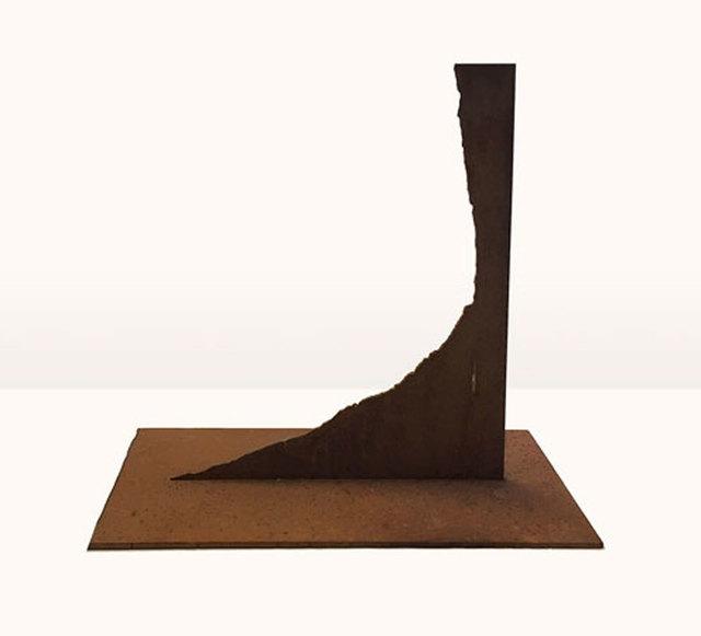 , 'Modell für eine Skulptur aus Corten-Stahl - asymmetrischer Winkel,' 1992, Galerie Kellermann