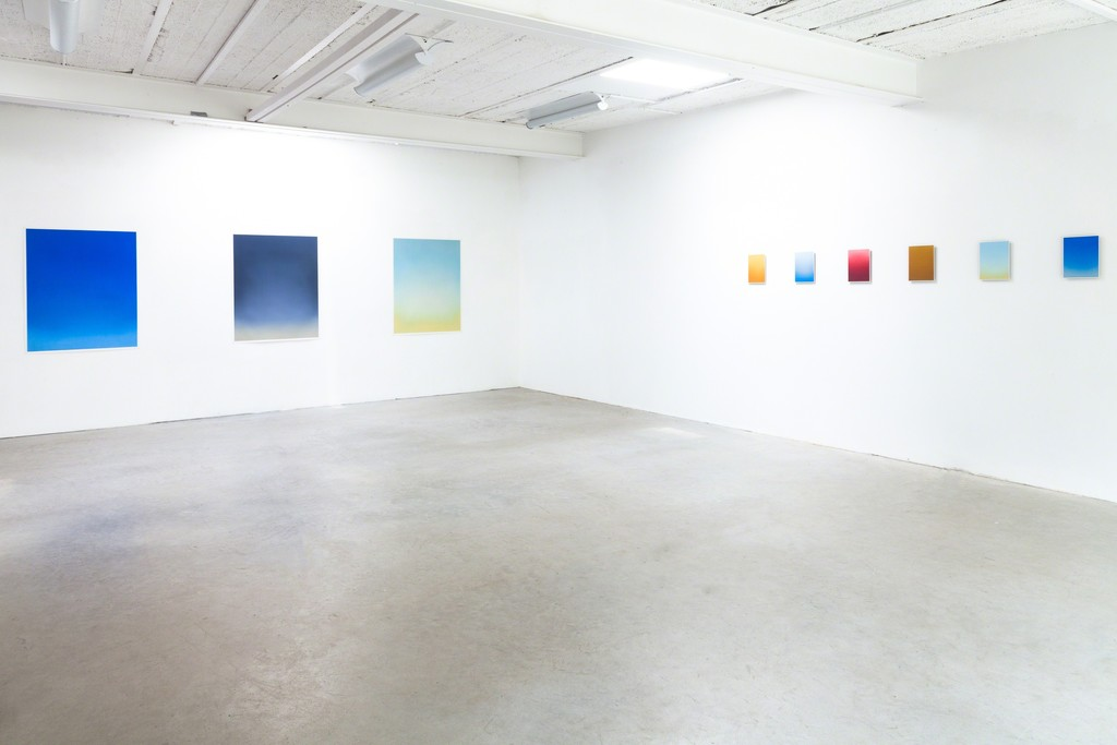 Exhibition View, DAS ESSZIMMER – space for art+: (left) Untitled, 2017, Oil on Paper, 114 x 90cm (paper size) 110 x 86cm (image size) and (right) Untitled, 2017, Oil on Paper, 25 x 19cm (paper size) 24 x 18cm (image size) all by Eric Cruikshank
