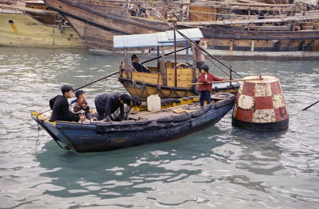, 'Hong Kong water taxi,' 1971, Ihsan Modern