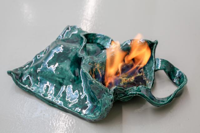 , 'Tote Bag,' 2018, Galerie Lisa Kandlhofer