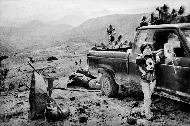 , 'A family rests alongside a road. Santiago Mitlatongo, Mexico.,' 2011, Anastasia Photo