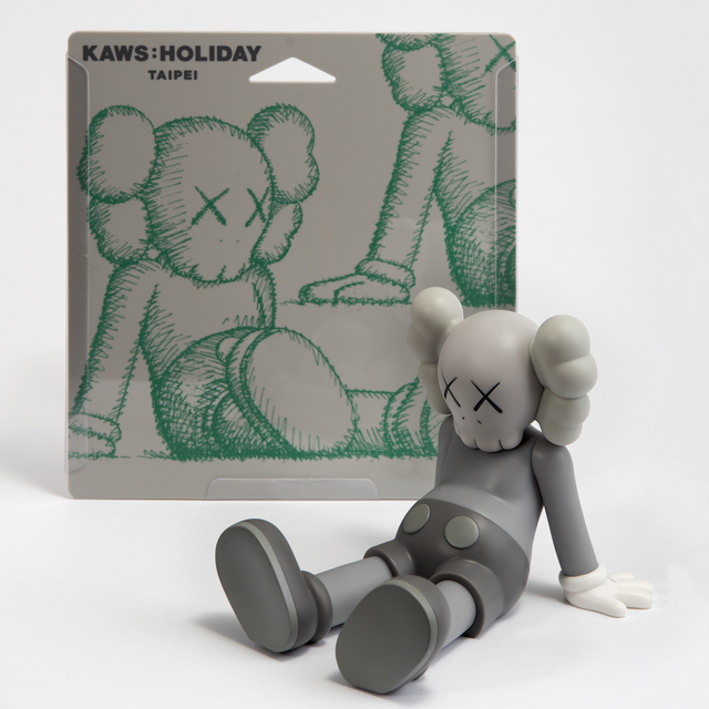 KAWS, 'Holiday (Grey)', 2019, Tate Ward Auctions