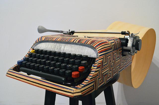 , 'Objeto Mídia 05,' 2013, Anita Schwartz Galeria de Arte