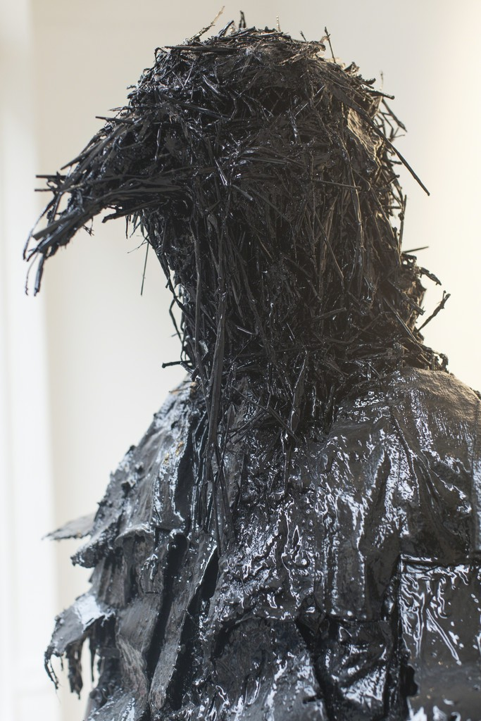 Nicola Hicks, Have Storm Need Port, (Crow Dance), gesso, 206 x 84 x 52 cm, 2015