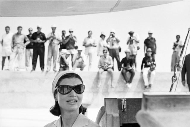 Benno Graziani, 'Jacky and Paparazzi, Amalfi, August 1962', 1962, Photography, Silver gelatin baryta paper, Galerie XII