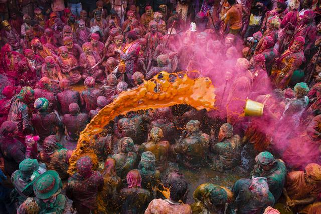 Cristina Garcia Rodero, 'INDIA. Holi festival.', ca. 2015, Magnum Photos