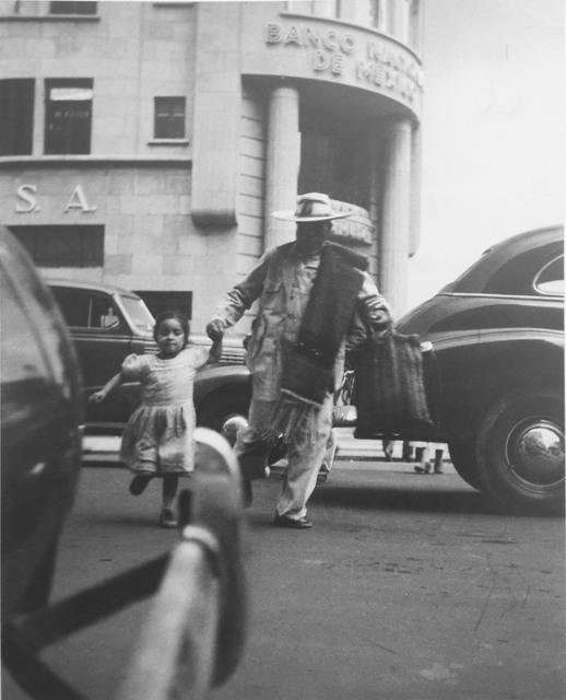 , '¡Córrele!,' 1947, Patricia Conde Galería