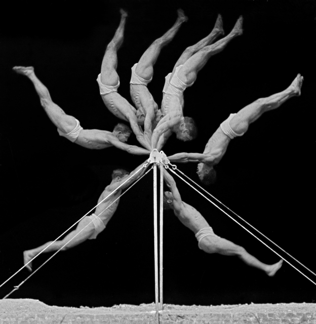 , 'Chronophotograph of an Exercise on the Horizontal Bar,' 1906, Brooklyn Museum