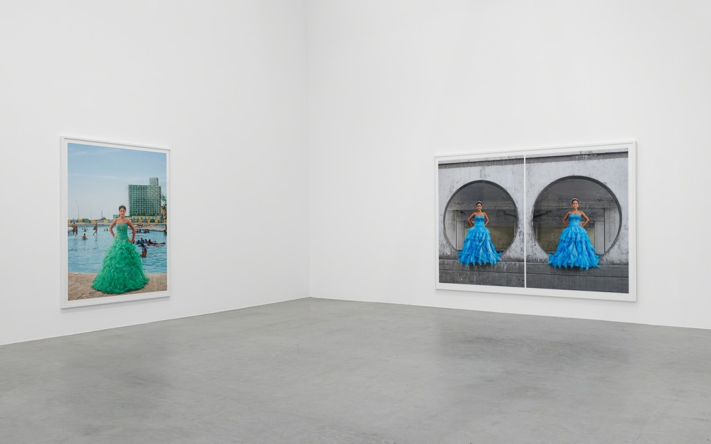 Frank Thiel, Quinceañeras, Installation Views, 2018, Courtesy the artist and Blain|Southern, Photo: Trevor Good