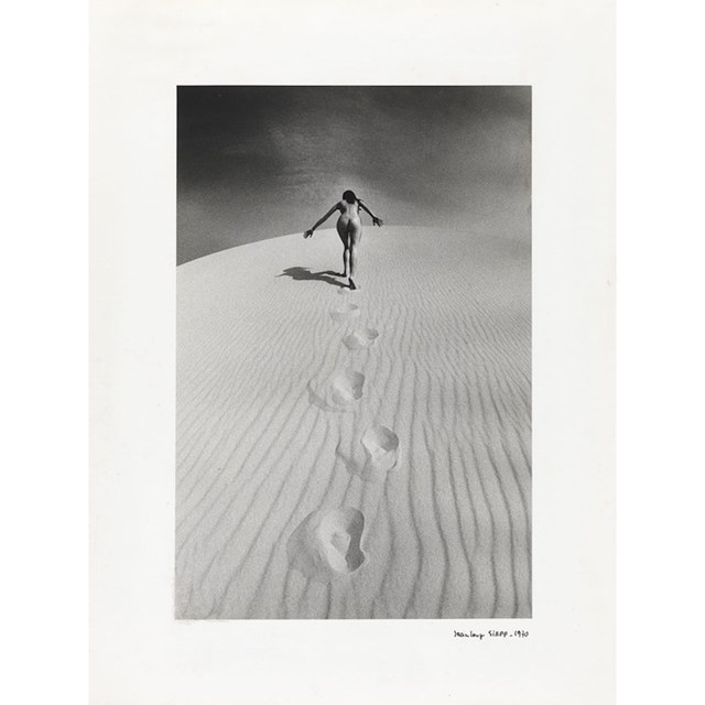 , 'Femme nue gravissant une dune,' 1970, Grob Gallery