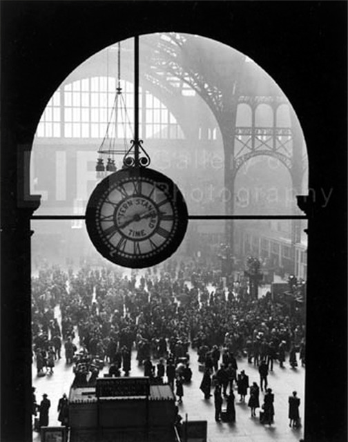, 'Farewell to Servicemen, Pennsylvania Station, New York,' 1943, GALLERY M