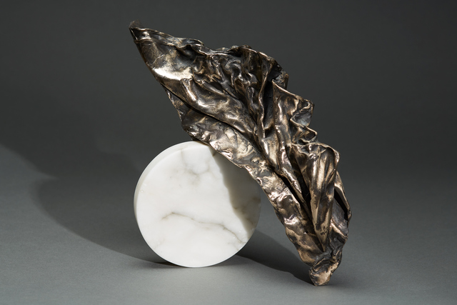 , 'Debra Baxter, Lift, 2018, alabaster, bronze,' 2018, form & concept