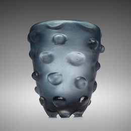 A Bugne vase