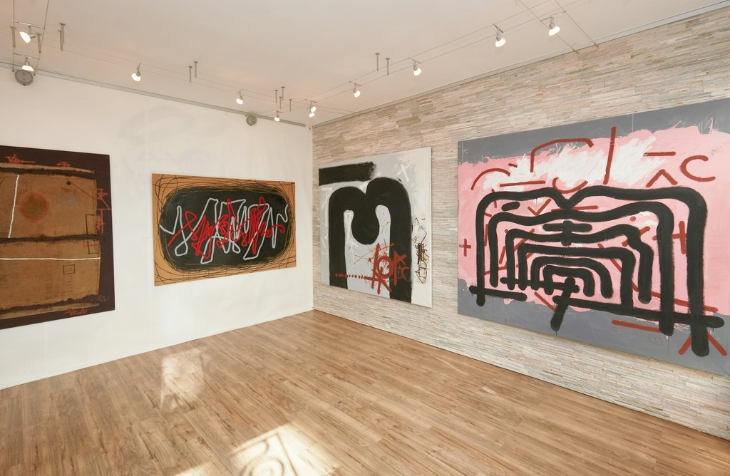 """Installation of large format paintings of Miroslav Cipár at the """"DESIGNER OF ABSTRACTION"""" show, acrylic on jute, wood and canvas, photo credit: Bellart Gallery"""