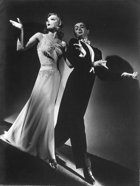 , 'De gala (Eva Fernbach y Harold Pinter Bailarines del Teatro Colòn),' 1943, Vasari