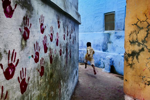 Steve McCurry, 'Boy in Mid-Flight, Jodhpur, India', 2007, Huxley-Parlour