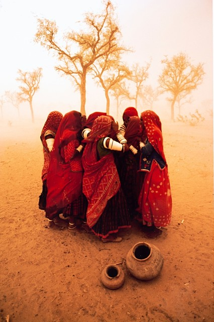 Steve McCurry, 'Dust Storm, Rajastan, India', 1983, Finarte