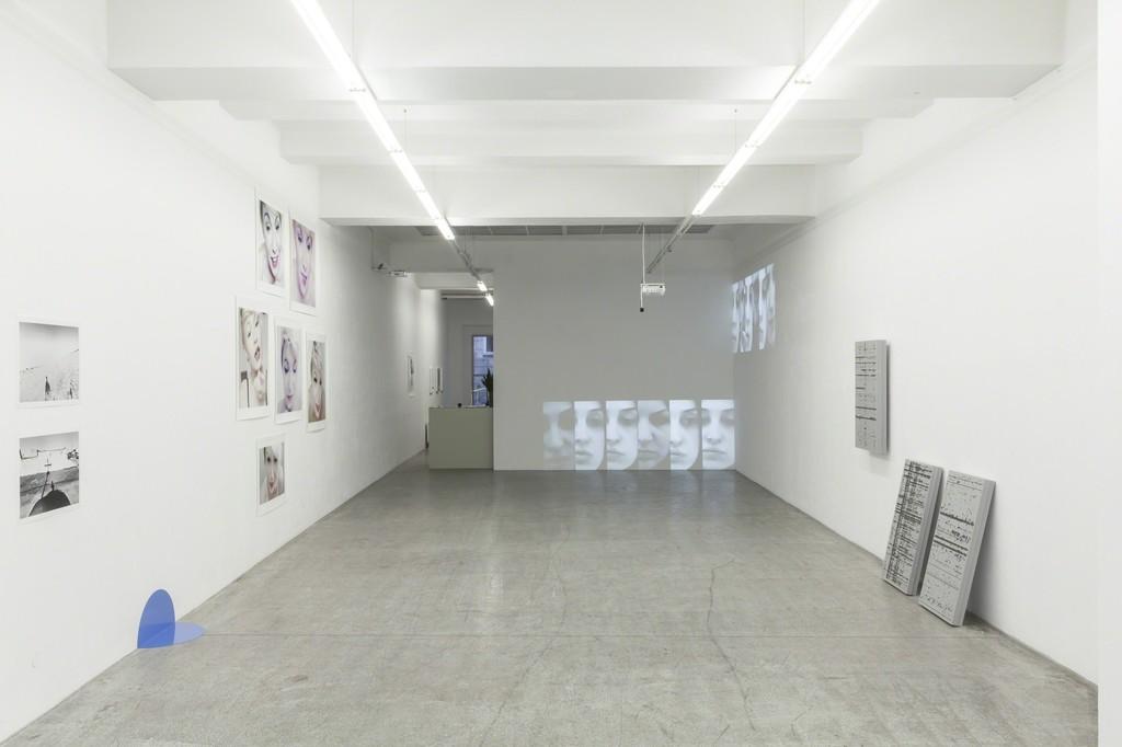 "Installation view ""Encounters"" at SCAG, 2018 Photo: Jennifer Gelardo © SCAG and Jennifer Gelardo"