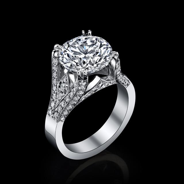 GIA, '1.36 carat Diamond, EGL USA certified center diamond 13.26 total weight, Triangular Brilliant', 2018, Modern Artifact