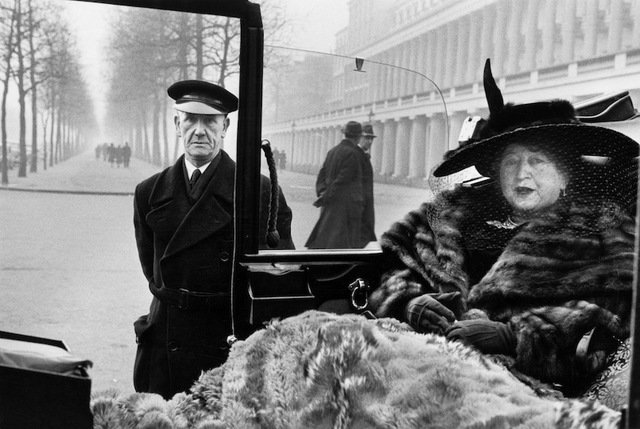 Inge Morath, ' ENGLAND, London. Mrs. Eveleigh Nash. 1953.', 1953, Photography, Silver gelatin print, °CLAIRbyKahn Galerie