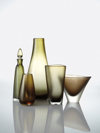 Four vases and a decanter