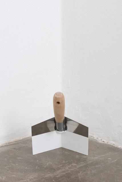 , 'Excedente [corner spatula],' 2015, Galería Vermelho