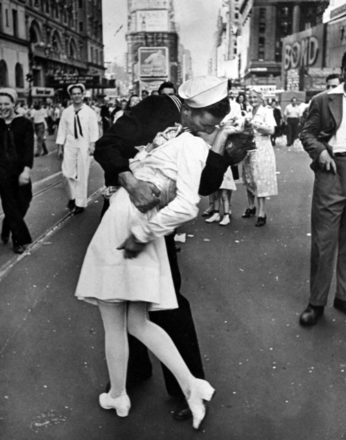 Alfred Eisenstaedt, 'VJ Day in Times Square', 1945, Contessa Gallery