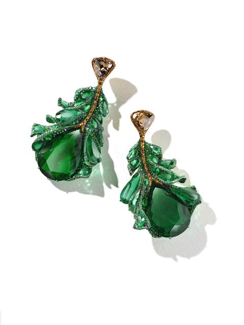, '2020 Black Label Masterpiece III Green Plumule Earrings,' 2020, CINDY CHAO The Art Jewel